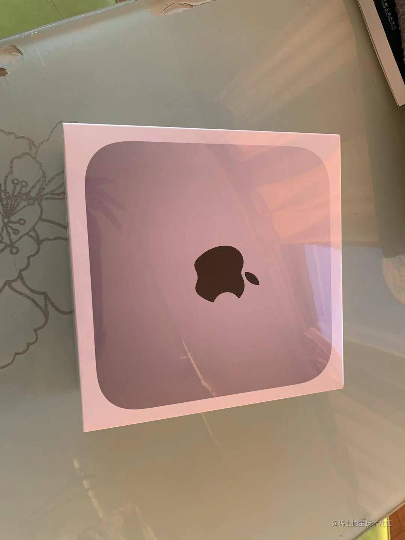 硕大的mac-mini盒子!