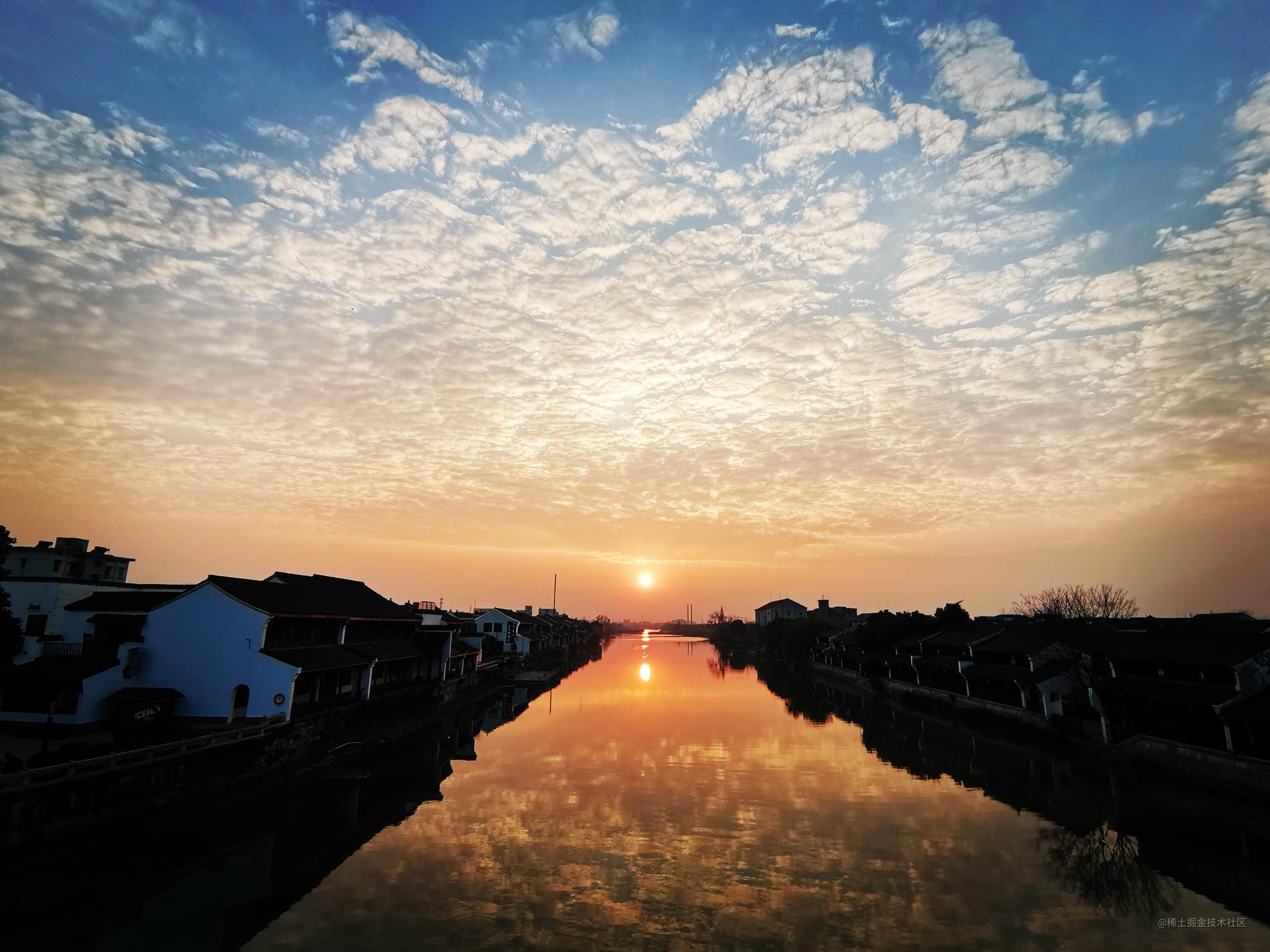 杭州塘栖古镇夕阳西下,开启2020年